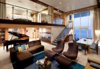 Royal loft Suite con gran balcone e jacuzzi sul mare